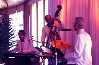 Pianist Eric Zimmermann and the Elegant Music Jazz Trio