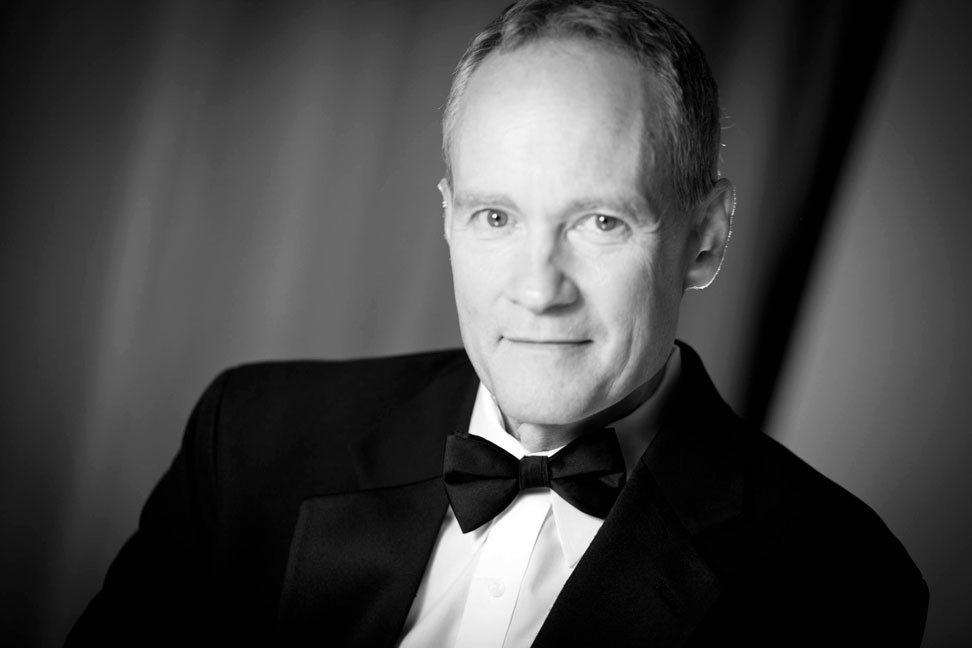 Eric Zimmermann Elegant Music: DJ / Master of Ceremonies, Pianist and Band Leader