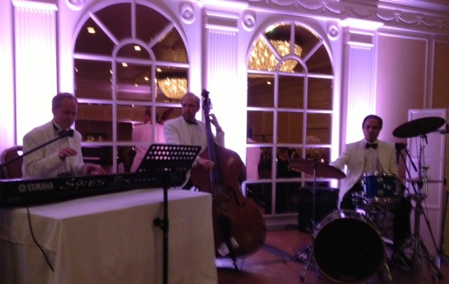 elegant music jazz trio plays dinner music fairmont hotel wedding santa monica
